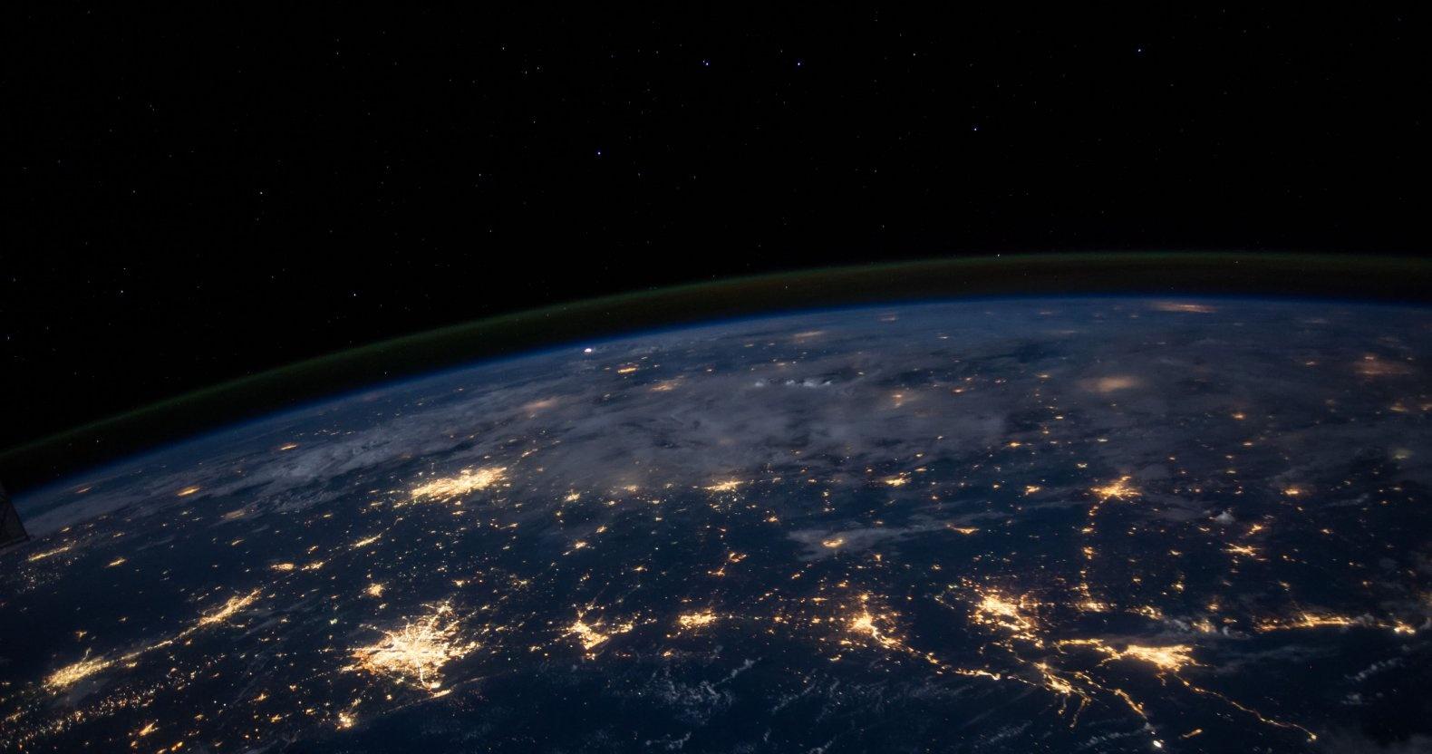 マインドフルネスで、地球でも宇宙的ライフスタイルが実現できます。